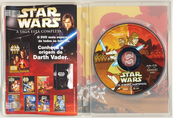 Star-Wars-Clone-Wars-DVD-V2-DENTRO