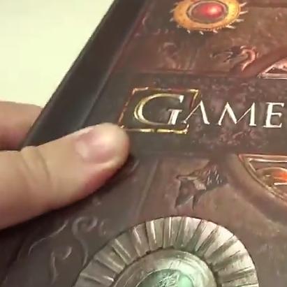 VÍDEO | Conheça o livro pop-up de GAME OF THRONES!